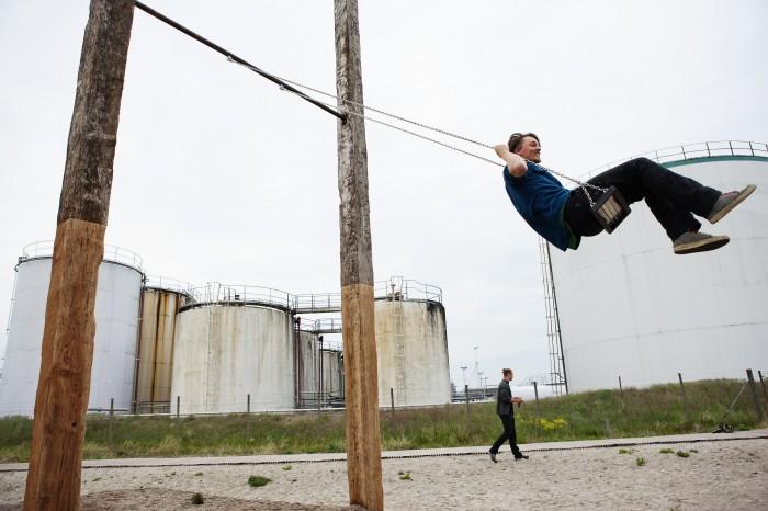 Raumlabor, Gynge, 2012, part of Urban Play, Denmark. Photo: Tuala Hjarnø