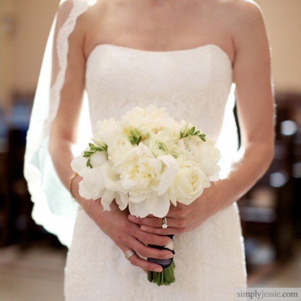 Fleur White Wedding Flowers
