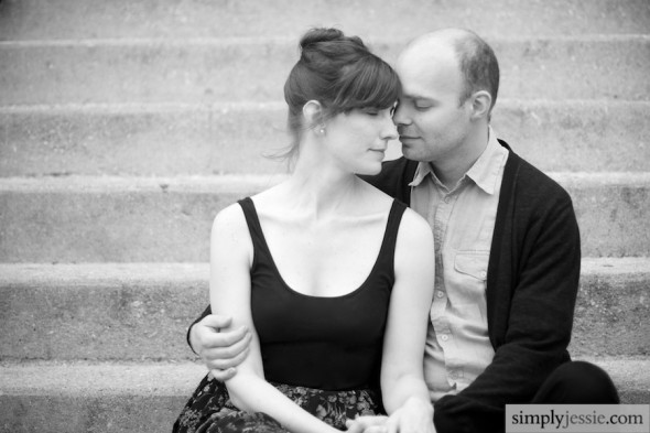 B&W Chicago Engagement Photography