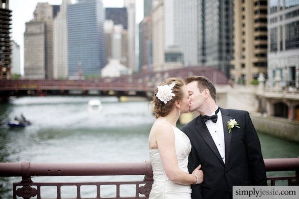 Romantic Chicago Downtown Wedding
