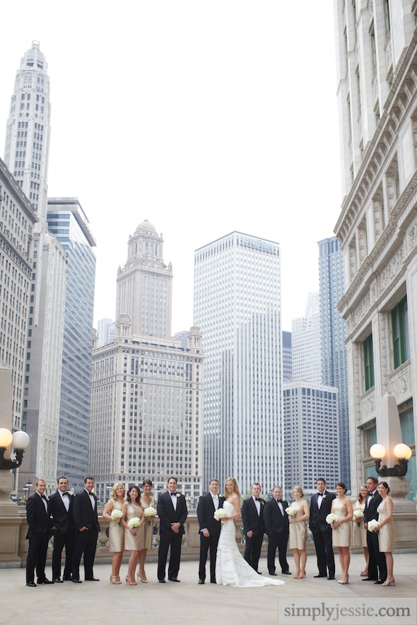 Untraditional Downtown Chicago Wedding Photography