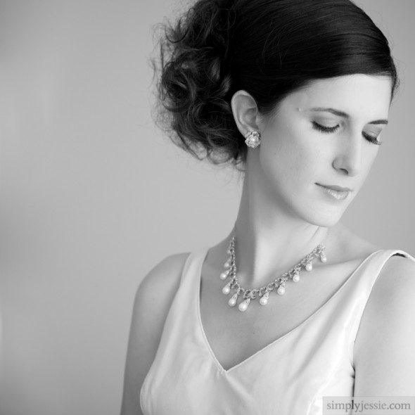 B&W bridal portrait