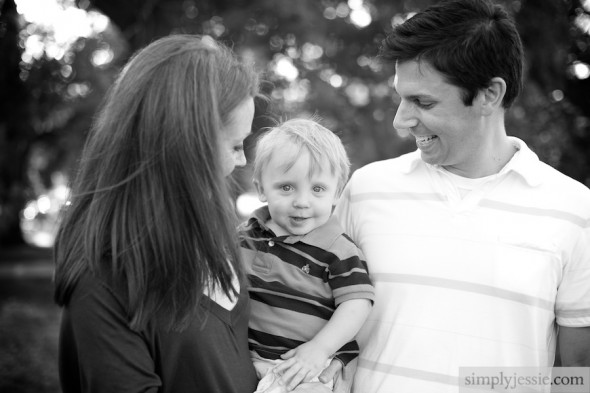 B&W family PHotography