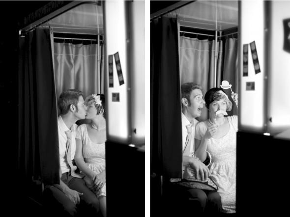 Bride & Groom in Photobooth
