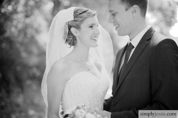 B&W emotional Wedding photography