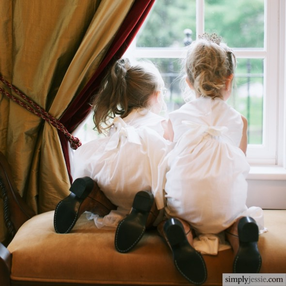 Flowergirls at window