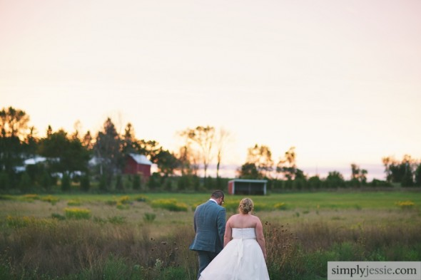 Illinois sunset with bride&groom