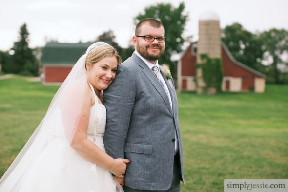 Red Barn wedding phtoography