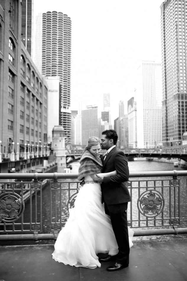 Intimate Chicago wedding photographer