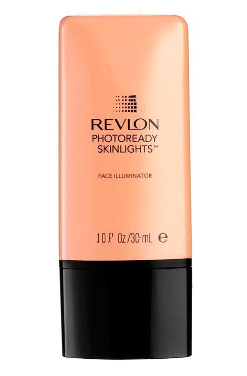The new Revelon PhotoReady SkinLights Face Illuminator is back and now includes a Beach Bronze from the Rio Rush Collection. The 5 illuminating shades even out the skin while capturing light from its crystals and photocromatic pigments to glow in any light.