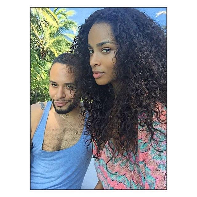 Repost @cesar4styles  #ᶜᵁᴿᴸˢ  Loving this Look for vacation?  Texture is everything..... @ciara @iloveindique  @mizaniusa  #HairHero #Truetextures #truetexturesmizani  #bouncecollection  #PureCurly