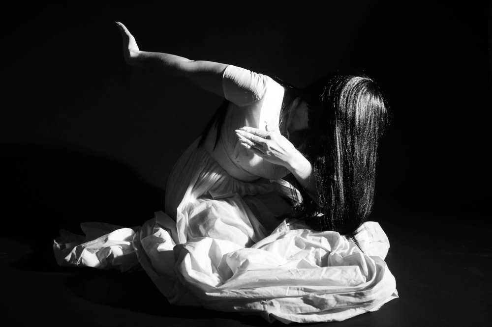 Chicago Butoh dancer and Performance Artist Holly Chernobyl  ©Chris Carlone