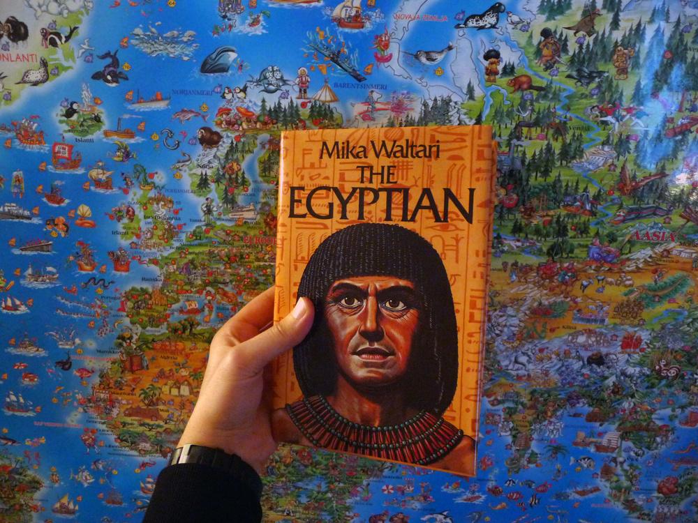 Sinuhe egyptiläinen on yksi maamme käännetyistä kirjoista.