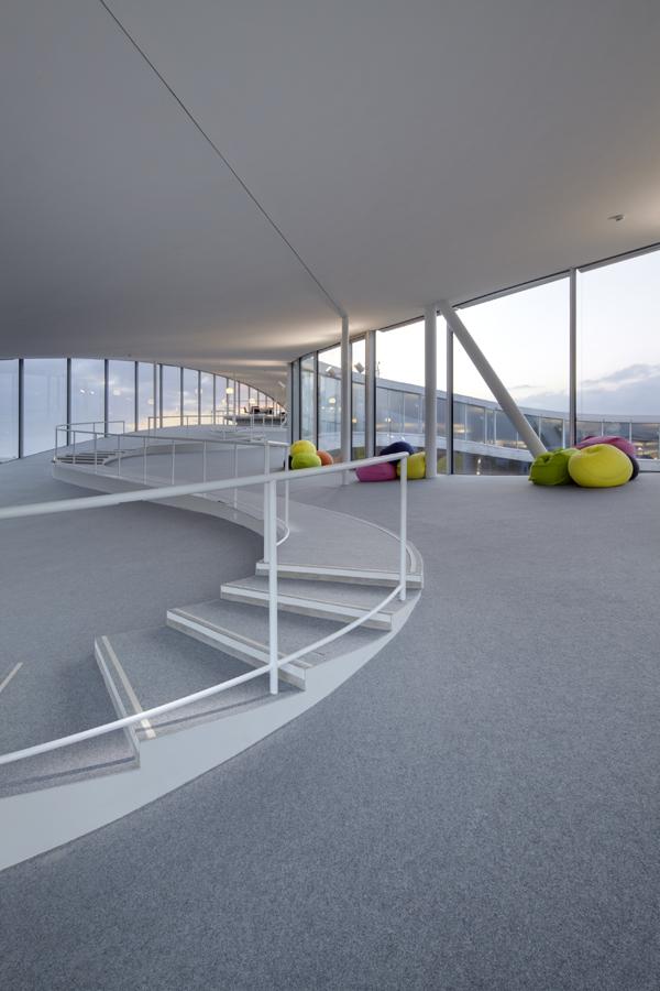 03_EPFL.jpg