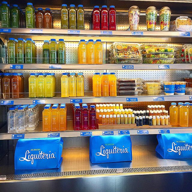 Can you say #squadgoals ?!? @liquiteria stacked with the healthy goodness and fuel you need ! 💪🏾💪🏾 #gimmie #nom #fit #fitspo #juicing #juicecleanse #liquiteria #stayhealthylivewell #fuelup #hbfit #nycfood #eatingnyc #infatuation #eathealthy #healthychoices #eatingwell #squad