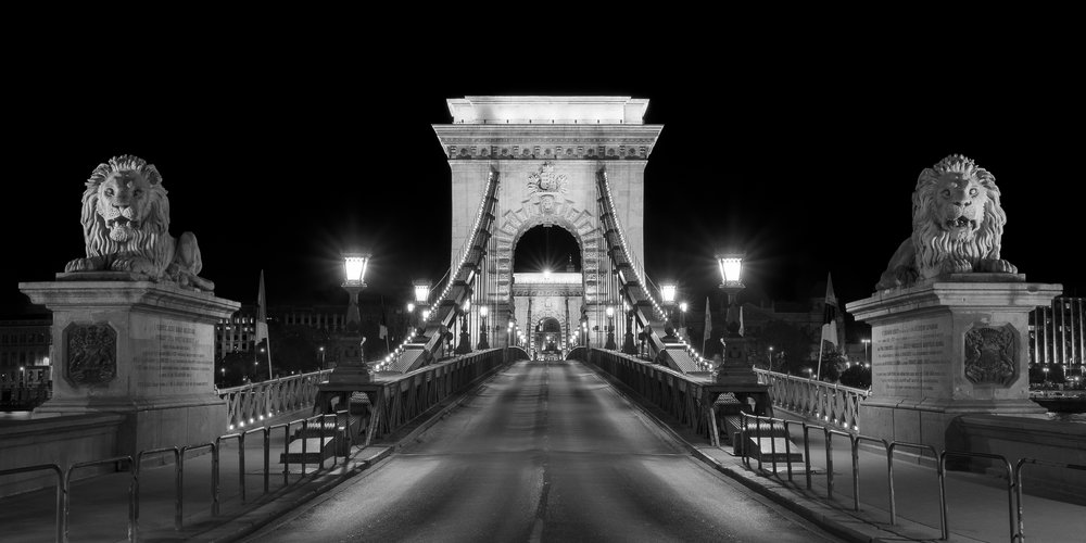 The Tongueless Guardians of the Chain Bridge