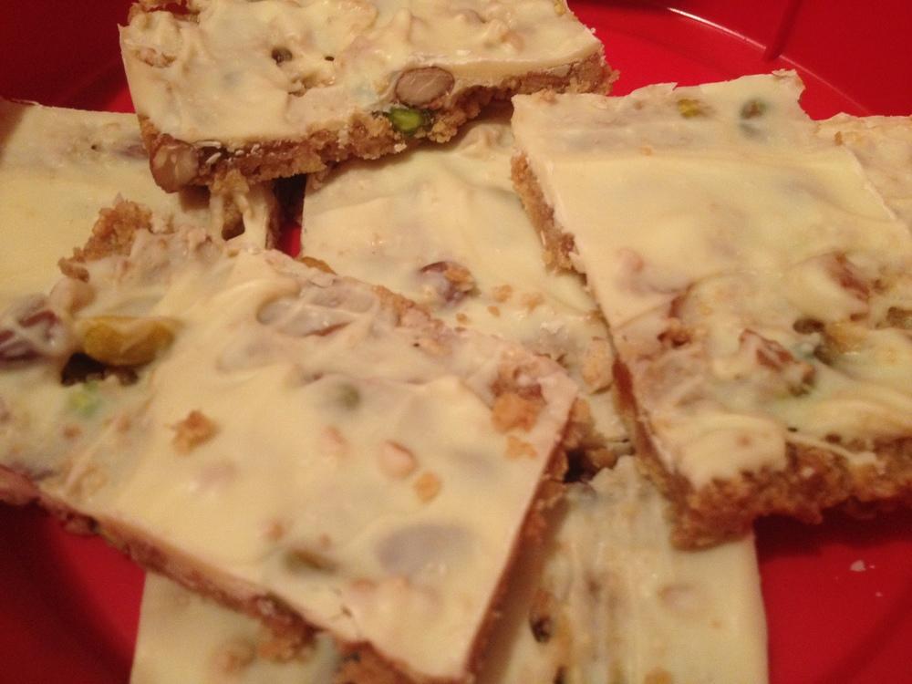 White chocolate and pistachio tiffin