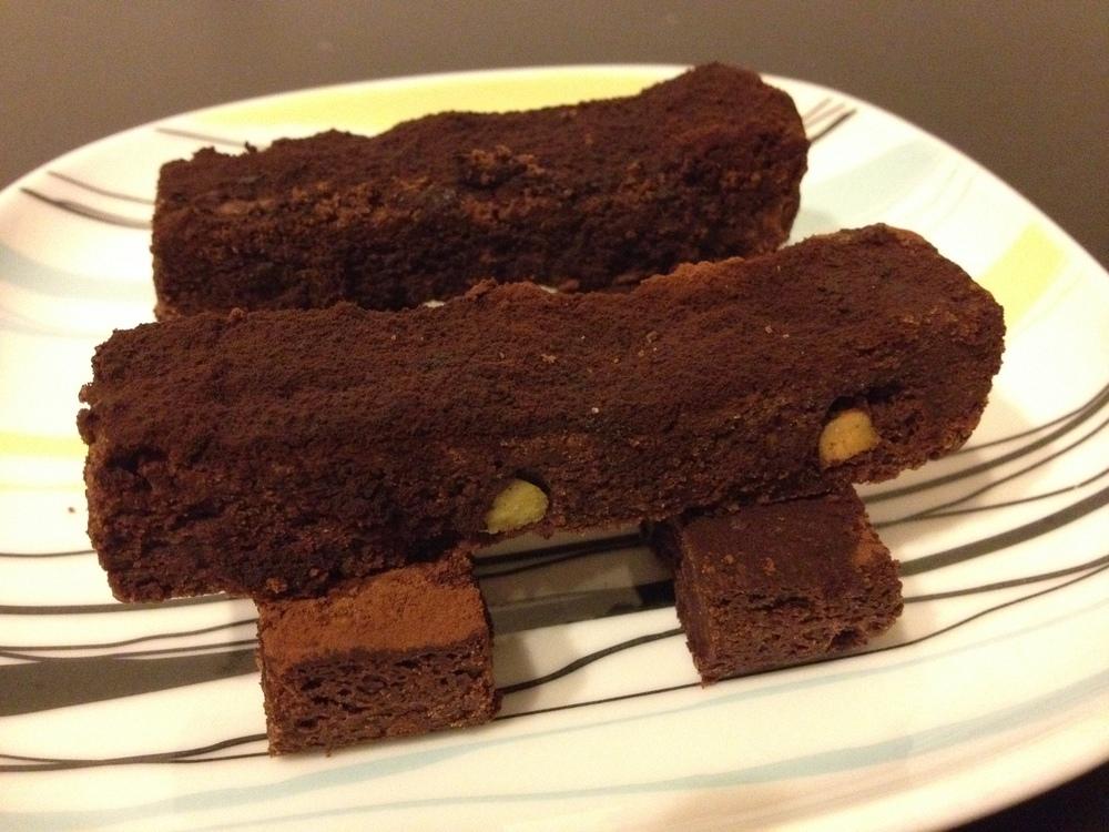 Chocolate and pistachio shortbread