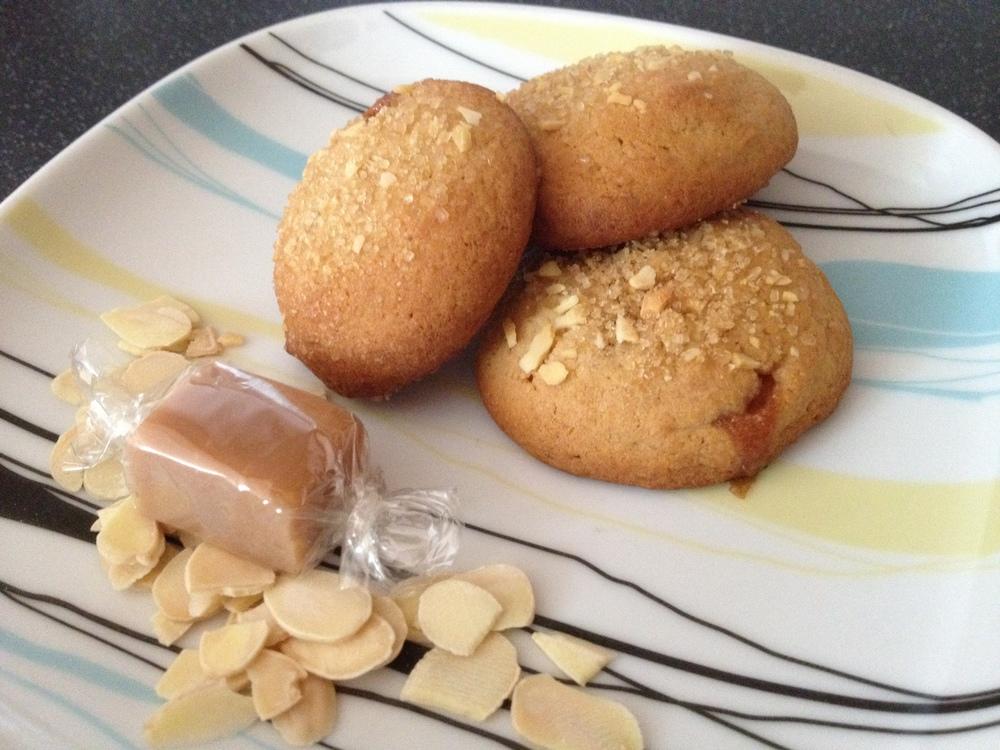 Almond fudge crumbles