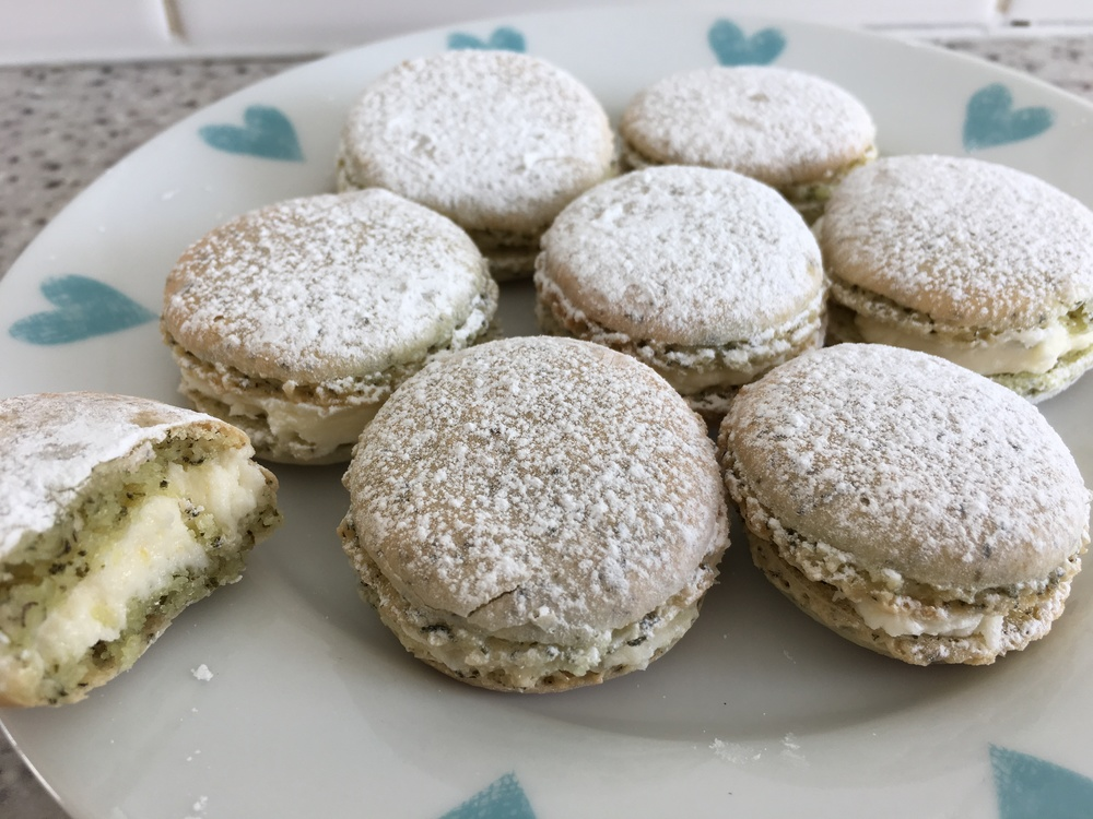Green tea macarons