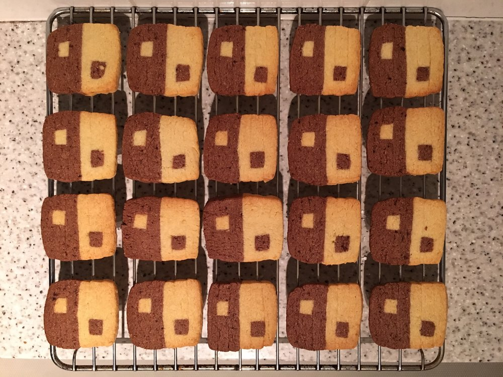 Nintendo Switch logo biscuits