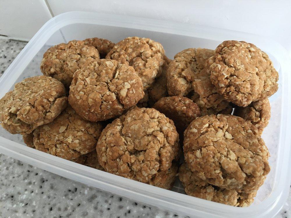 Oat crunch cookies