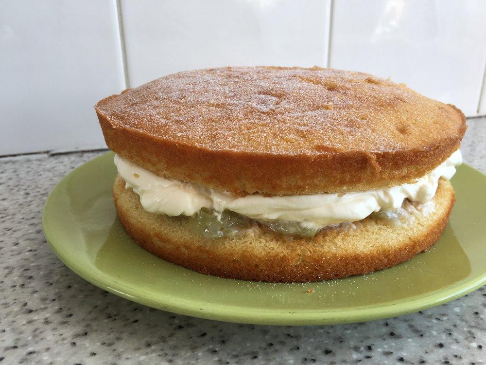 Gooseberry elderflower cake