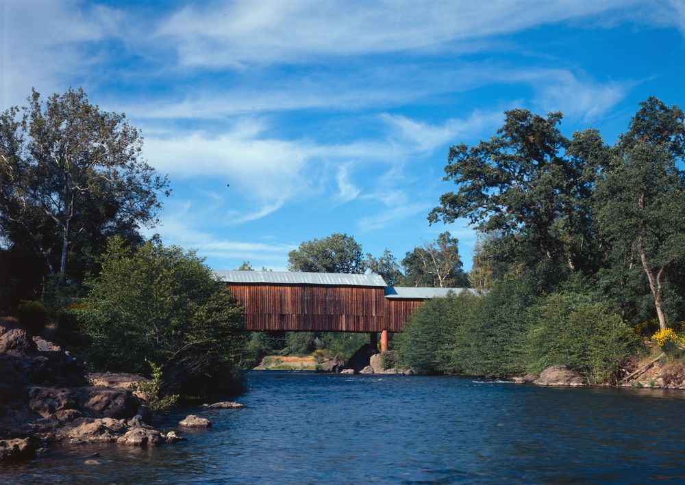 Honey_Run_Covered_Bridge.jpg