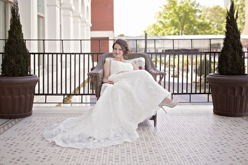 We can't wait to see how great you'll look, on your special day.    photography by EMJ Fotografi    location: Capitol Hotel, Little Rock