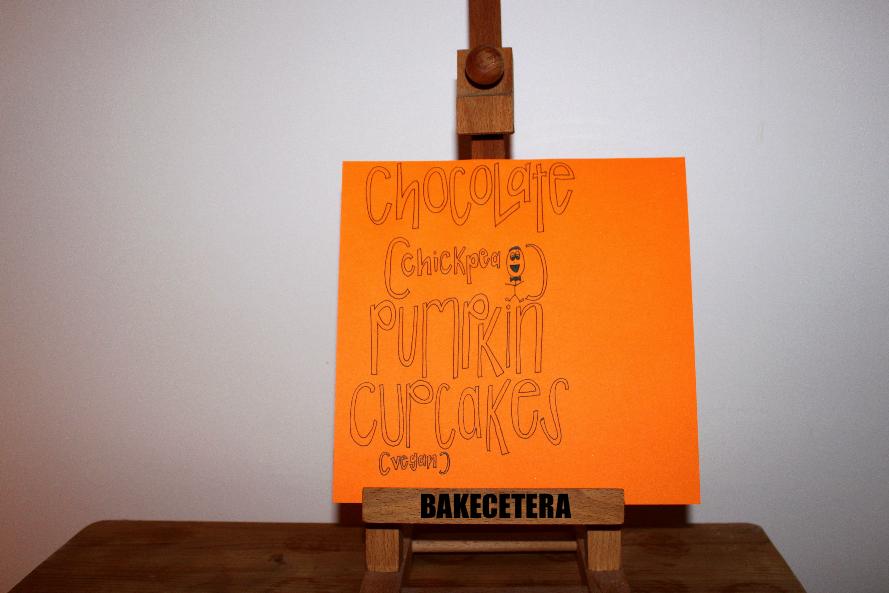 choco_pumpkin_cupcakes
