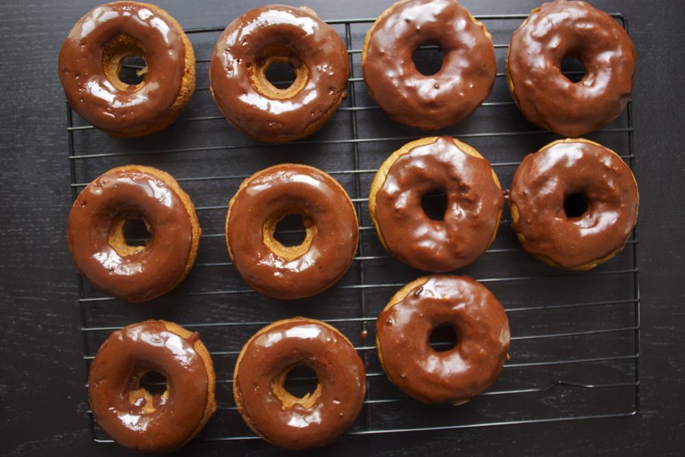 espresso baked banana doughnuts