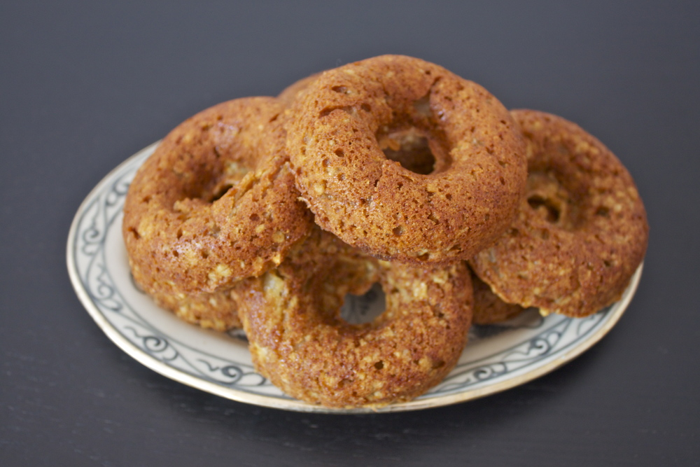 vegan apple baked doughnuts