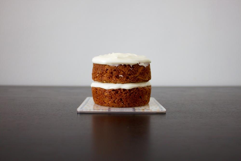 mini vegan carrot cake