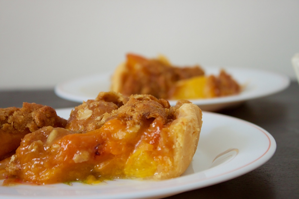 vegan apricot and peach crumble pie