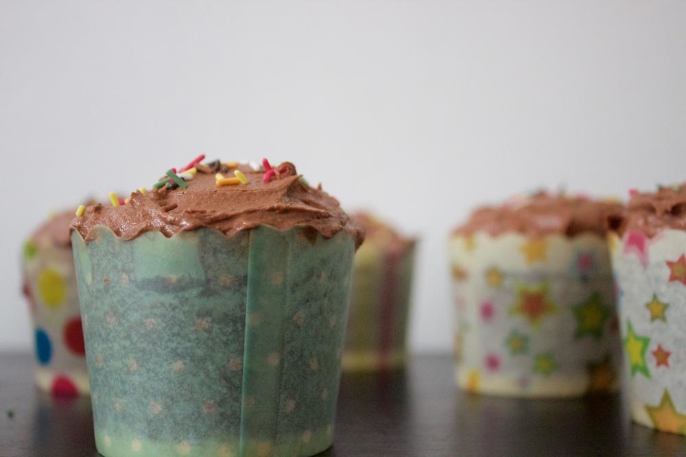 vegan black sesame and tahini cupcakes