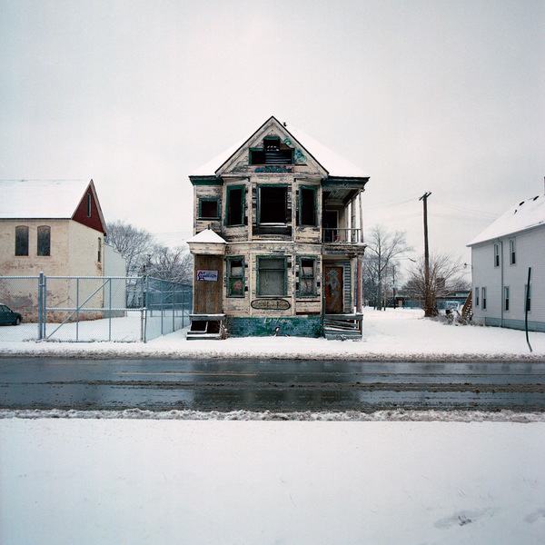 100 Abandoned Houses project, photographed by  Kevin Bauman . Wow.