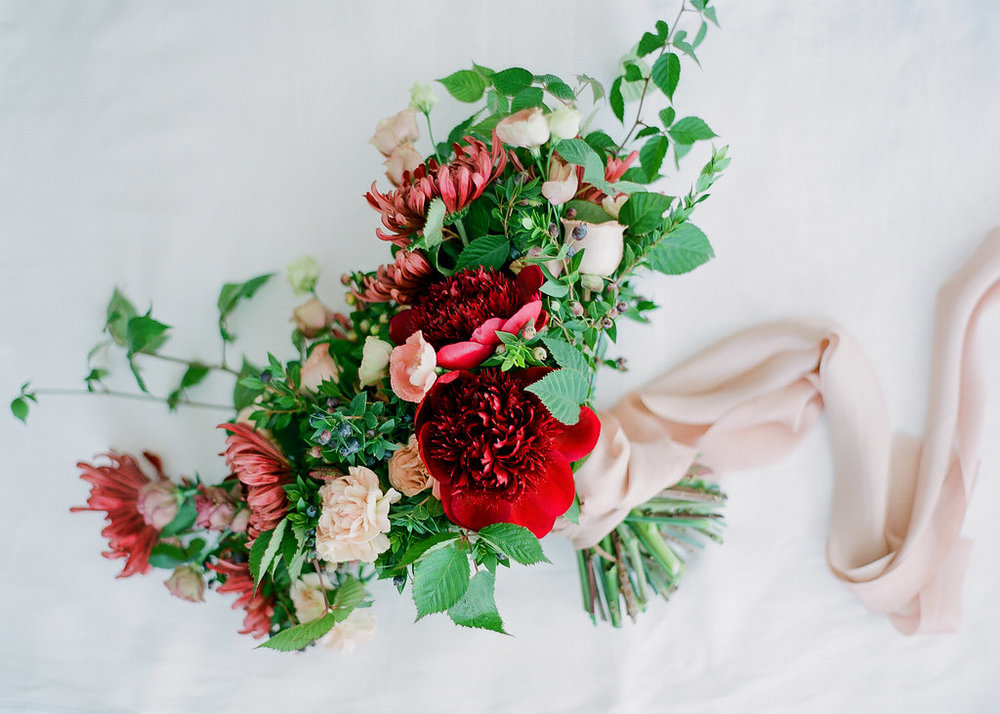 5_Photo by SamanthaKirk_Floral by Ellamah_LateFall.jpg