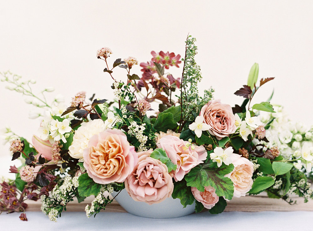 Photo by Christine Doneé Floral by Ellamah Modern Rustic Tablescape_2.jpg