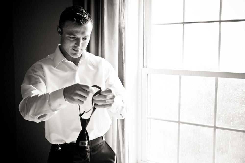 groom prep hotel photo by westchester wedding photographer