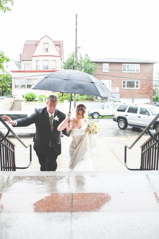 rain wedding photo atchrist the king church by westchester wedding photographer