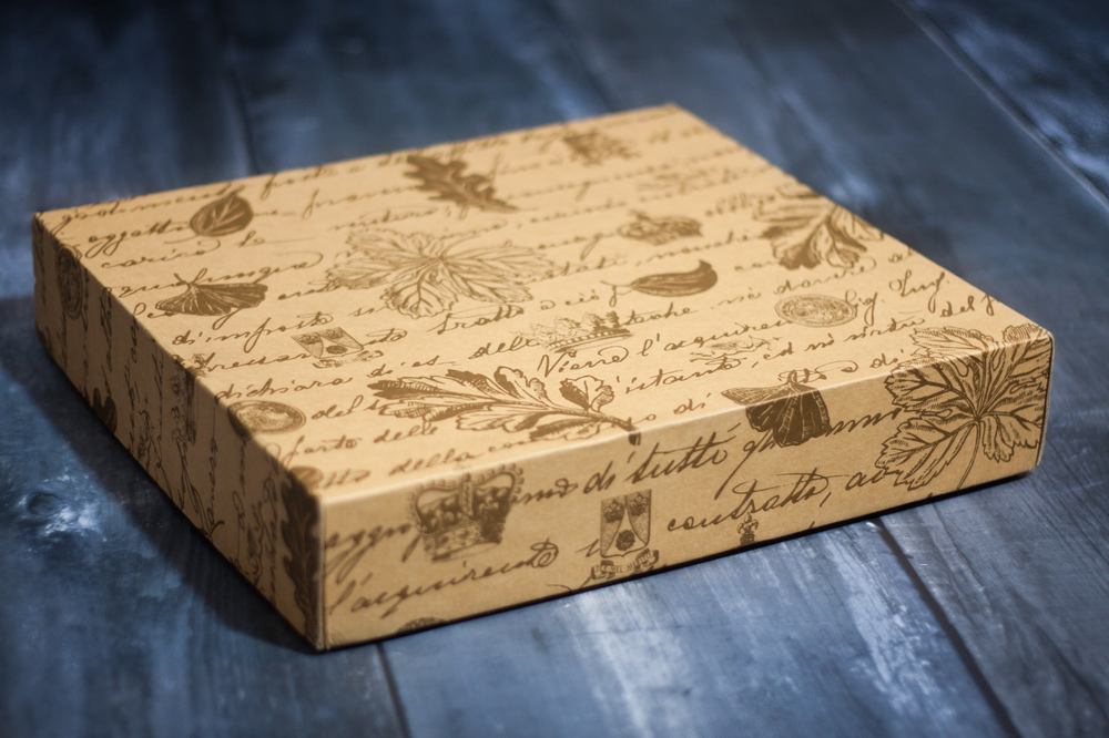 Queensberry wedding album presentation box
