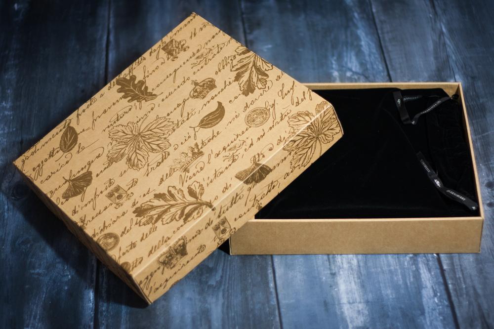 Queensberry wedding album inside presentation box