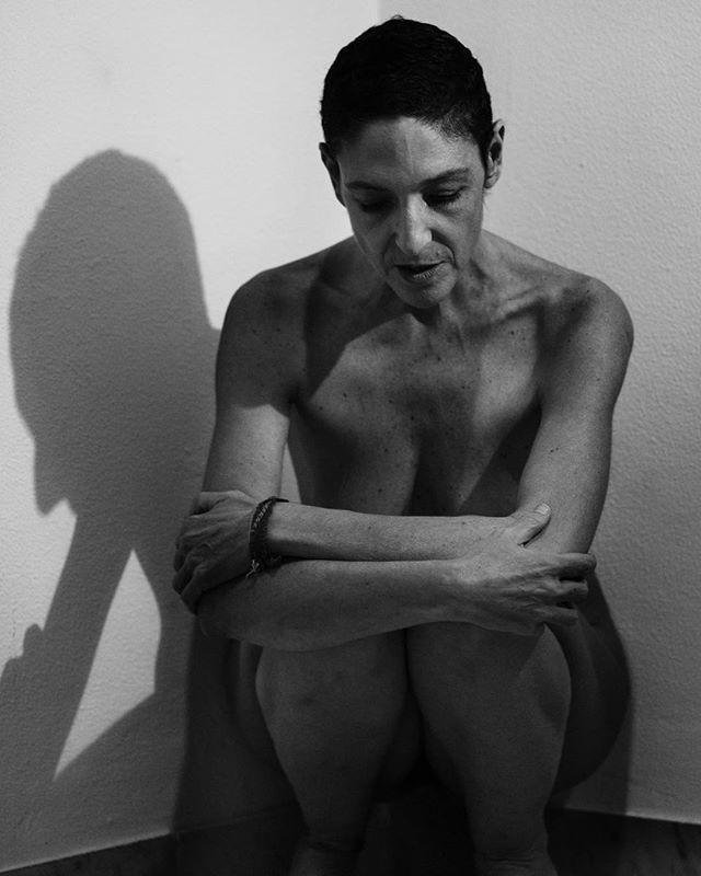 Portrait of Daniela #LePetitAtelier #2019  #portraits #portraiture #portraitking #portraitshoot #portraitshooting #scognamiglio #massimoscognamigliostudio #scognamigliophotographer #scognamiglio #artecontemporanea #contemporaryartist #contemporaryart #contemporarycurator #cinematic #cinematicphotography #italianactress #italiancinema #bw #blackwhite #blackwhiteportrait ....