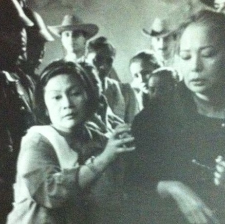"Marilou Diaz-Abaya directing Gloria Diaz in ""Jose Rizal"""