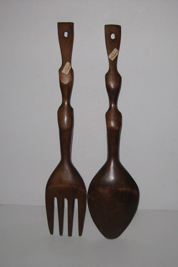 Vintage Carved Wooden Tiki Totem Spoon & Fork Wall Hanging Set (Source:  etsy.com )