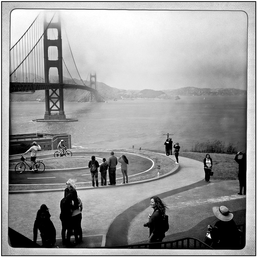 At the Golden Gate Bridge   (Photo by Rick    Rocamora )