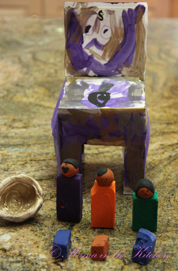 Her son designed the Pinch Pot and Super Doggie Chair at the museum homeschool class.