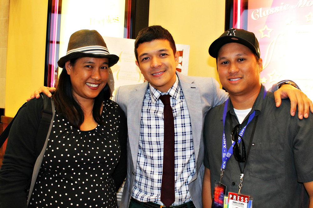 Jericho, author Marcie Taylor and ABS-CBN freelance reporter Joseph Pimentel.