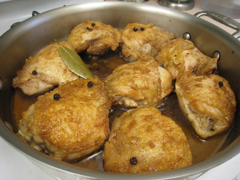 ChickenAdobo (Source:burntlumpiablog.com)