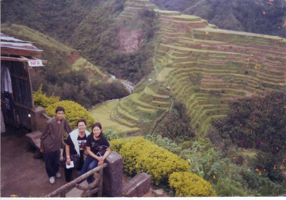 Cecile Licad with son Otavio and the late filmmaker, Marilou Diaz Abaya, at Banaue rice terraces